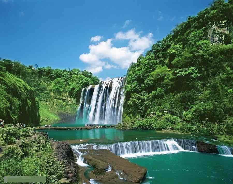 朗朗黔坤贵州黄果树瀑布、西江苗寨、小七孔、下司古镇、青岩古镇高铁5天游