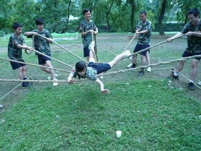 深圳观澜烽火乡村趣味拓展、真人吃鸡游戏休闲一天游
