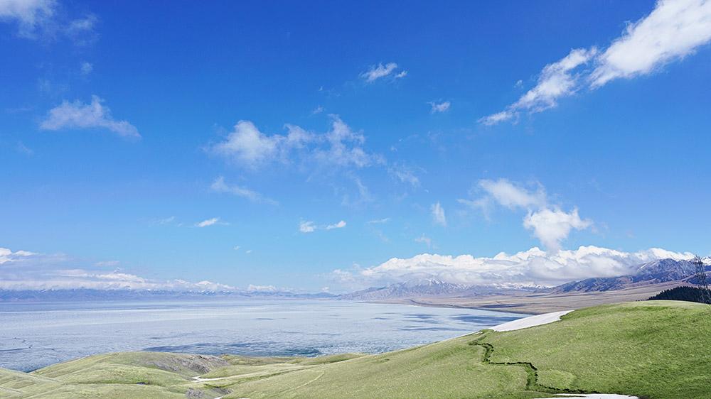【环天山】北疆+南疆 伊犁花海·赛里木湖·塔克拉玛干沙漠·吐鲁番·天山天池双飞八日环游